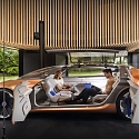 Renault's Symbioz Concept Gives Plausibility a Back Seat