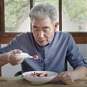 (Video) Utensils Give Parkinson's Patients Their Earned Place at the Table