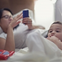 US Mothers Depend on Smartphones Throughout Shopping Process