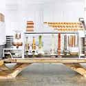 (Video) Burger Robot Startup Creator Opens First Restaurant
