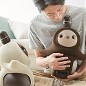 (Video) Japan's Latest Home Robot Isn't Useful, It's Designed to be Loved - Lovot