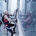(Video) How Good Is This Vacuum? You Can Climb a Skyscraper With Its Suction